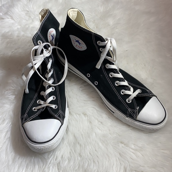 Unisex Converse High Top Lace-Up Sneakers